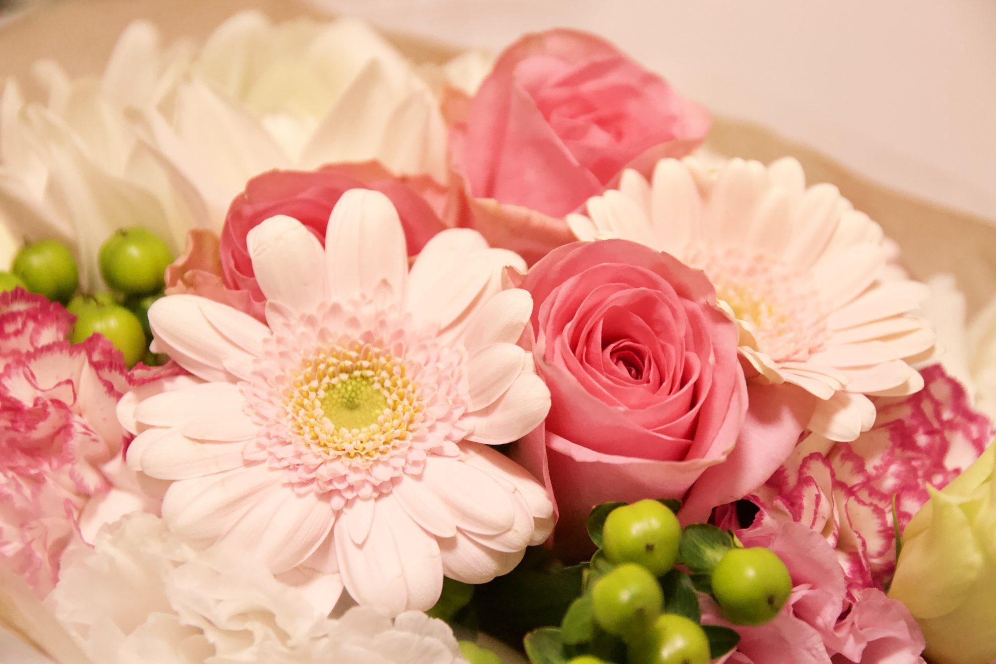 サプライズでお花をいただくのは、いくつになっても嬉しいです