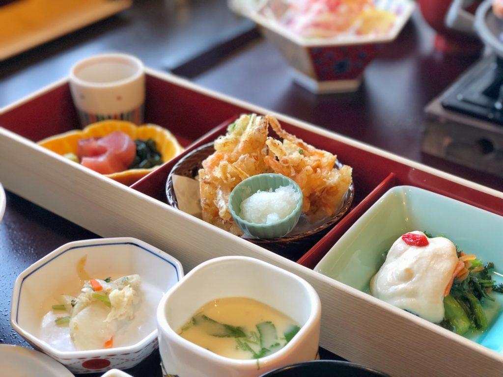 「かごの屋」の和食ランチで贅沢気分を味わいました!