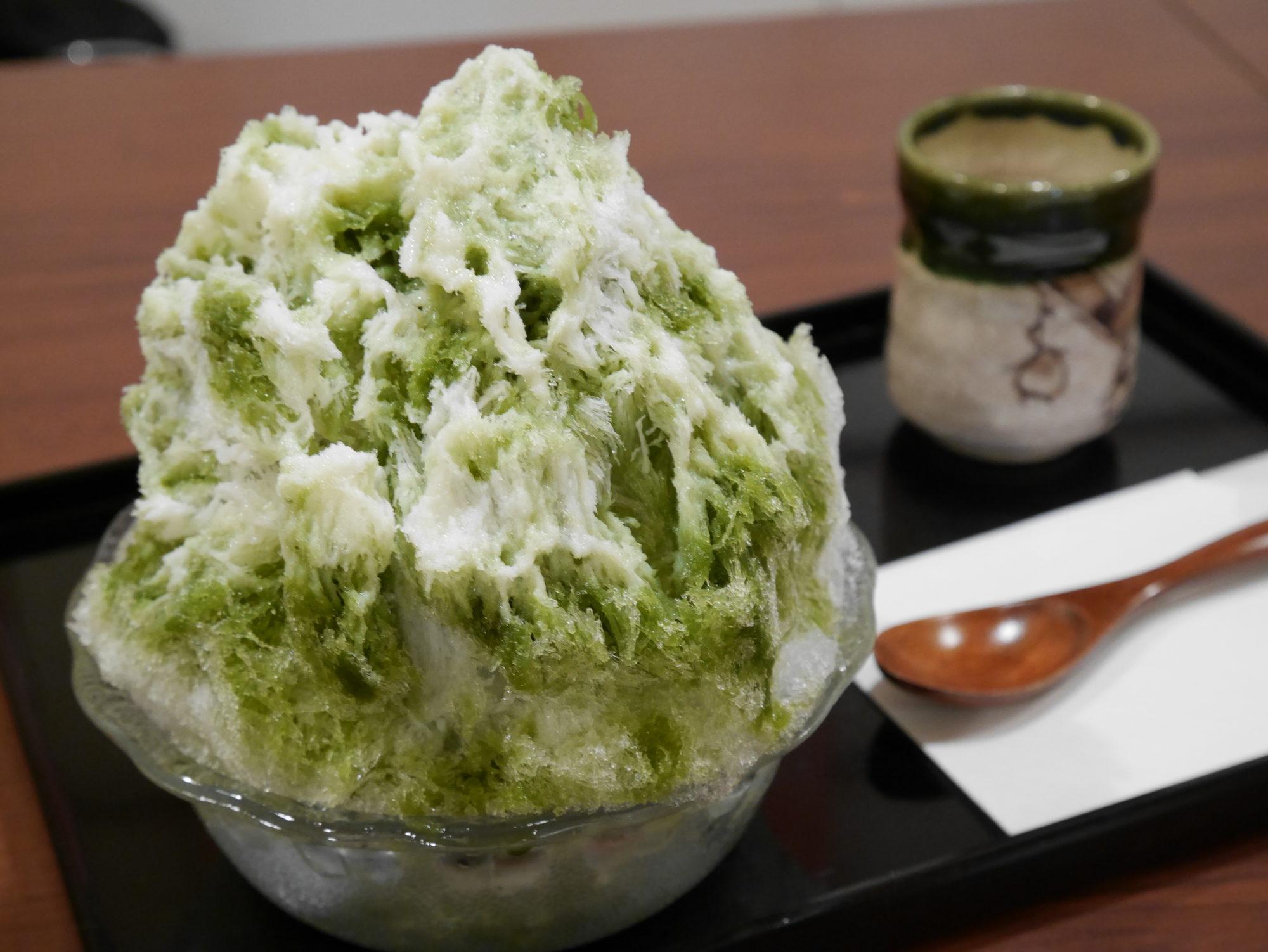 サラッとフワッと雪のようなかき氷!甘味カフェ「WARA屋」@池下