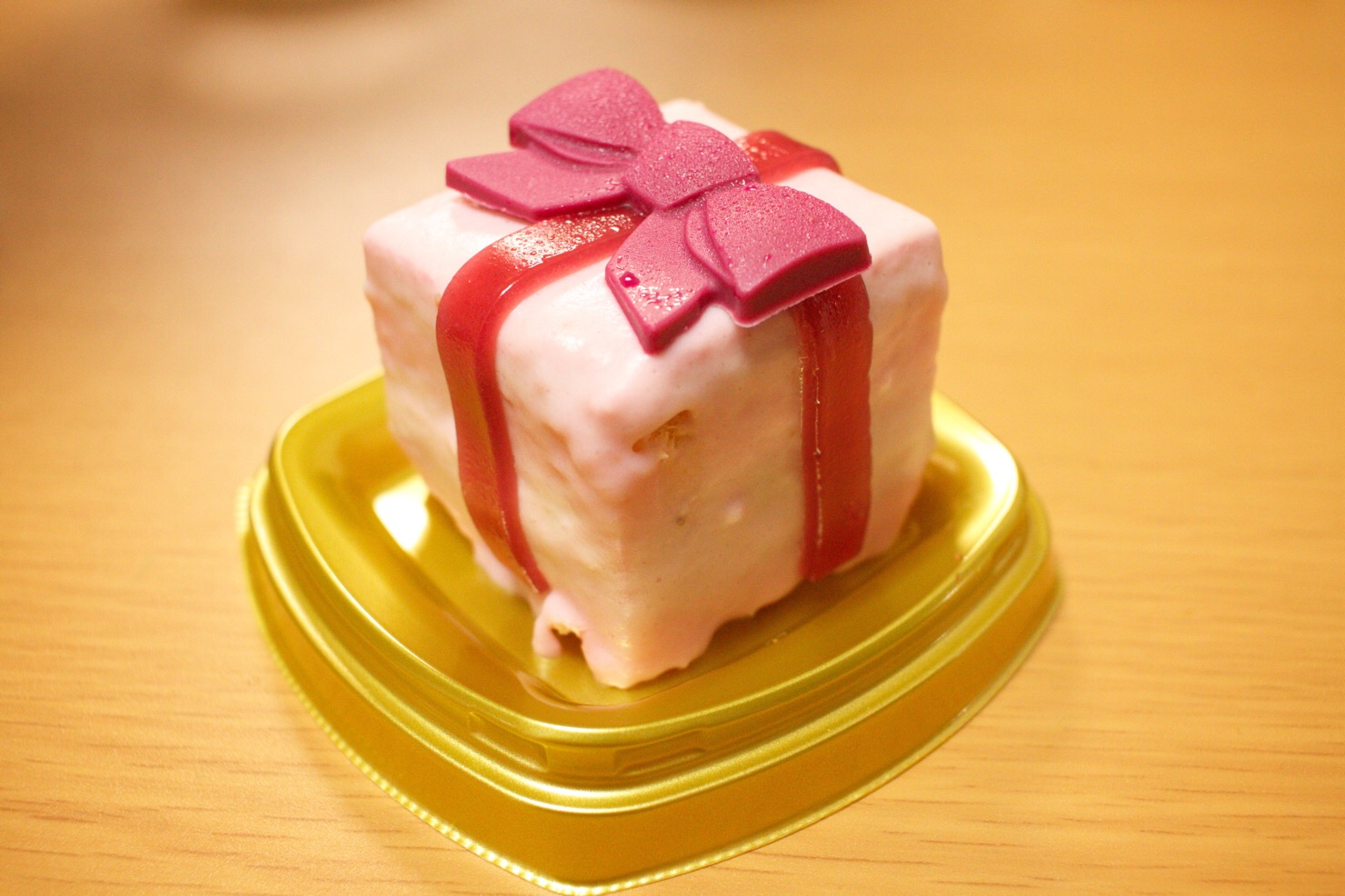 セブンイレブンで見つけたキュートなクリスマスケーキ